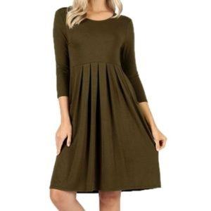 Zenana Premium 3/4 Sleeve Pleated Dress Size M